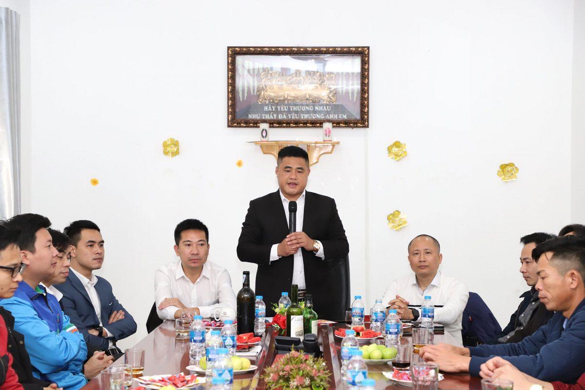 Tổng Giám đốc Trần Mạnh Đức phát biểu ý kiến tại buổi gặp mặt đầu Xuân